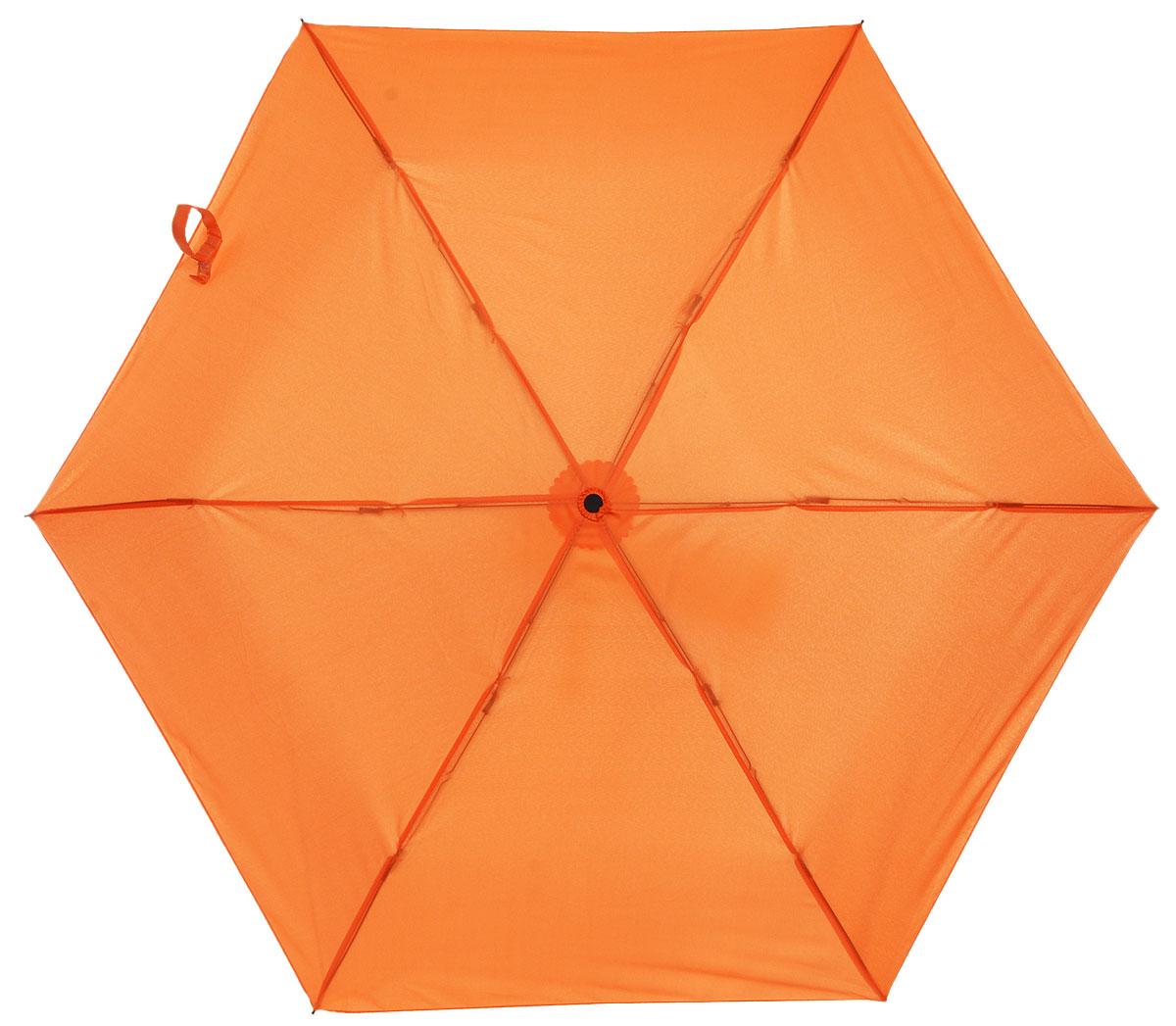 Зонт детский Эврика Морковка, механика, 2 сложения, цвет: цвет: оранжевый. 96774Колье (короткие одноярусные бусы)Оригинальный и яркий детский зонт Эврика станет замечательным подарком для вашего ребенка.Изделие имеет механический способ сложения: и купол, и стержень открываются вручную до характерного щелчка. Зонт состоит из шести спиц и стержня, изготовленных из металла. Яркий купол выполнен из качественного нейлона, который не пропускает воду. Зонт дополнен чехлом из пластика, имитирующим морковку. Ручка выполнена в виде черенка морковки и дополнена петлей, благодаря которой зонт можно носить на запястье.Компактный пластиковый чехол предохраняет зонт от повреждений.Оригинальный дизайн зонта поднимет настроение не только вам, но и окружающим.