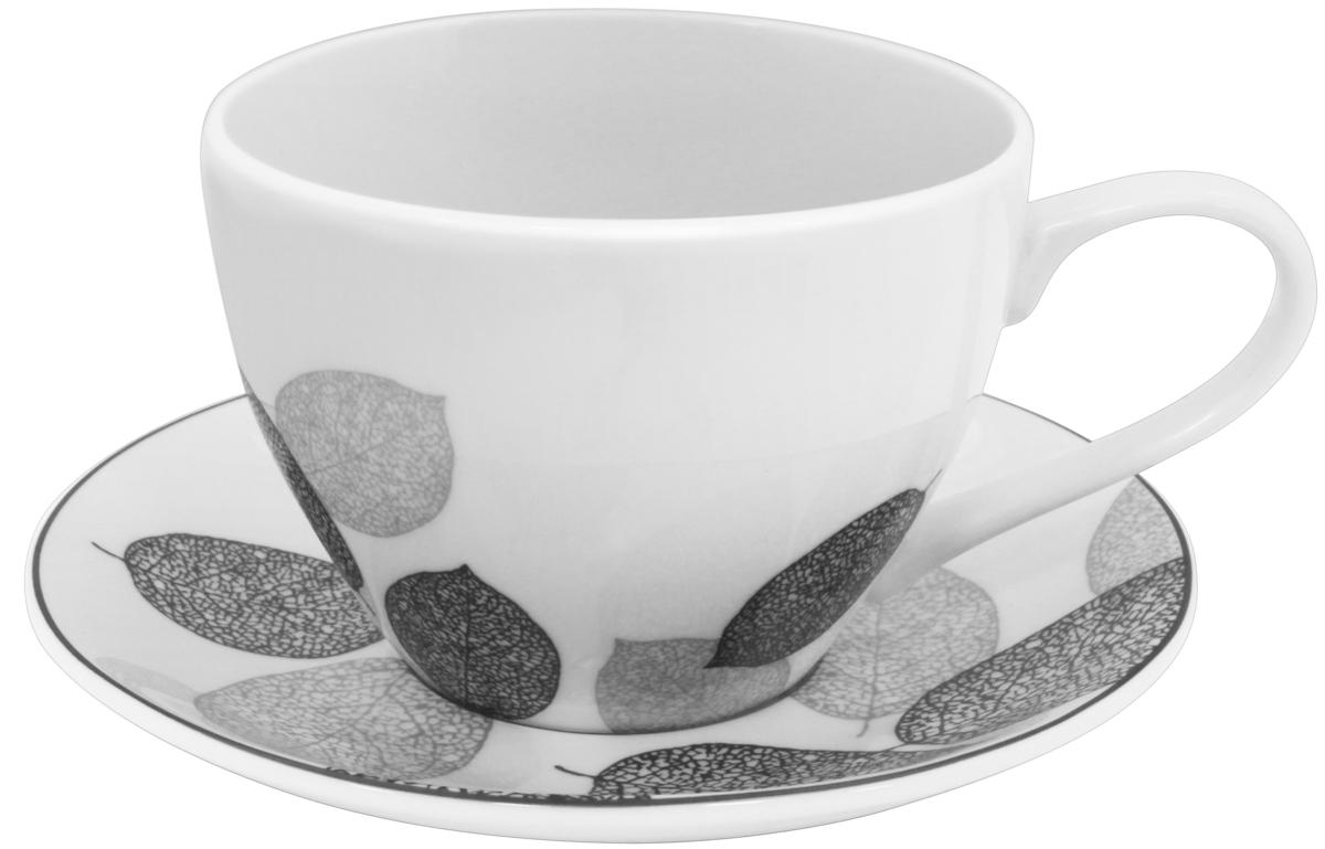 Набор чайный Esprado Bosqua Platina, 12 предметовVT-1520(SR)Чайный набор Esprado Bosqua Platina состоит из шести чашек и шести блюдец, изготовленных из высококачественного костяного фарфора. Над созданием дизайна коллекций посуды из фарфора Esprado работает международная команда высококлассных дизайнеров, не только воплощающих в жизнь все новейшие тренды, но также и придерживающихся многовековых традиций при создании классических коллекций. Посуда из костяного фарфора будет идеальным выбором, для тех, кто предпочитает красивую современную посуду из высококачественного материала, которая отличается высокой прочностью и подходит для ежедневного использования. Коллекция Bosqua Platina для тех, кто находится в поиске смелых и уникальных идей для своей кухни! В основе дизайна этой коллекции лежит мотив танца осенних листьев, который не только радует глаз, но и наилучшим образом преподносит красоту блюда, с любовью приготовленного хозяйкой. Можно использовать в микроволновки печи и мыть в посудомоечной машине.