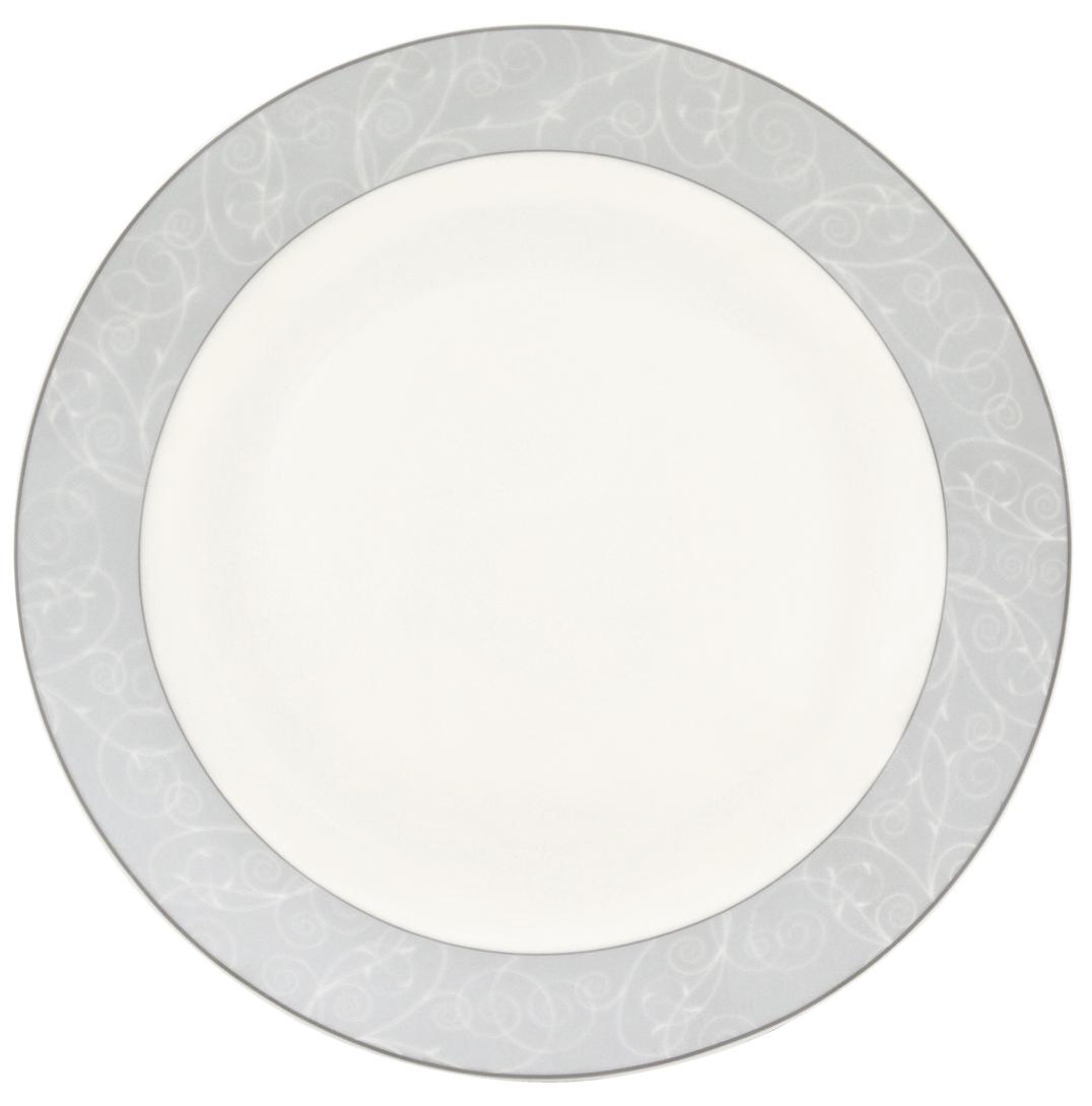 Набор обеденных тарелок Esprado Florestina, цвет: белый, светло-голубой, диаметр 23,5 см, 6 шт. FLO023SE30154 009312Набор Esprado Florestina состоит из шести обеденных тарелок, выполненных из высококачественного костяногофарфора.Над созданием дизайна коллекций посуды из фарфора Esprado работает международная команда высококлассных дизайнеров, не только воплощающих в жизнь все новейшие тренды, но также и придерживающихся многовековых традиций при создании классических коллекций.Посуда из костяного фарфора будет идеальным выбором, для тех, кто предпочитает красивую современную посуду из высококачественного материала, которая отличается высокой прочностью и подходит для ежедневного использования.