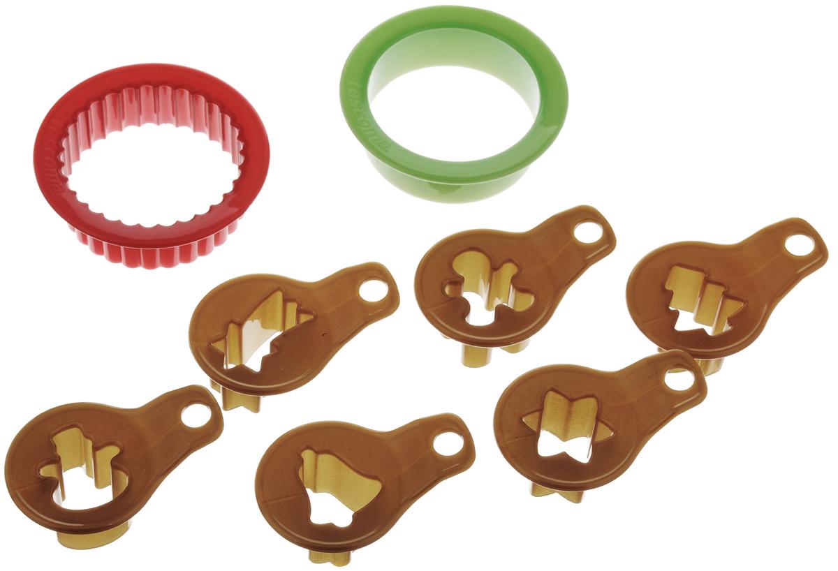 Набор для приготовления рождественского печенья Tescoma Delicia, 9 предметов54 009305Набор Tescoma Delicia отлично подойдет для приготовления оригинального сладкого или соленого вафельного печенья. Изделия выполнены из высококачественного пластика. В набор входят две круглые формы с прямыми и волнистыми краями и шесть мини-форм с традиционными мотивами для вырезания центров. Удобное колечко позволит компактно хранить формы. Можно мыть в посудомоечной машине. Внутренний диаметр формы: 4,5 см.Высота стенки формы: 2 см.