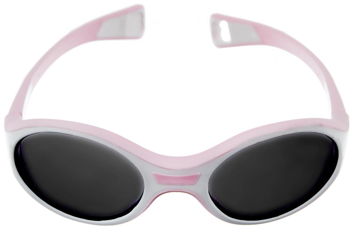 Beaba Солнцезащитные очки детские Sunglasses Kids 360 M категория 3 цвет белый розовыйINT-06501Детские очки Beaba Sunglasses Kids - идеальная защита от агрессивных УФ лучей. Качество и безопасность с оптимальной защитой от ультрафиолетовых лучей (UVA, UVB) - 3 категория. Эргономичная оправа 360°. Специально разработанная из двух дополняющих друг друга материалов гибкая оправа повторяет морфологию головы малыша, не давит за ушами. Благодаря более нежному внутреннему слою, очки не давят на нос. Благодаря загнутым дужкам очки не слетают при движении малыша. Офтальмологи со всего мира все чаще говорят о необходимости защиты детских глаз от агрессивного солнца. Данная тенденция ничуть не является данью моде, а становится острой необходимостью, которую врачи осознали благодаря современным исследованиям. Особенности:Основа - полипропилен.Небьющиеся стекла.Подходит для детей от года, когда малыш уже учится ходить.
