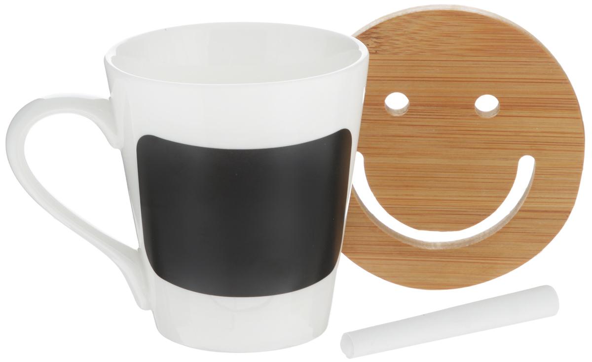 Кружка EcoWoo, с мелком для записей, с подставкой, 300 мл54 009312Кружка EcoWoo - это не только идеальный подарок, но и прекрасный повод побаловать себя!Фарфоровая кружка дополнена доской для записей, кусочком мела и бамбуковой подставкой.Кружка EcoWoo станет отличным решением для отражения вашего настроения. Пишите, что чувствуете, мелом и стирайте, когда решите, что надпись устарела.Диаметр кружки (по верхнему краю): 8,5 см.Высота кружки: 9,5 см.Диаметр подставки: 10 см.Длина мелка: 8 см.