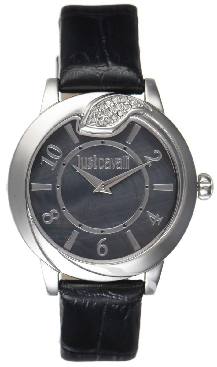 Часы наручные женские Just Cavalli, цвет: черный. R7251598501EQW-M710DB-1A1Наручные женские часы Just Cavalli произведены из материалов самого высокого качества на базе новейших технологий.Они оснащены точным кварцевым механизмом. Корпус часов изготовлен из нержавеющей стали с полной позолотой, циферблат инкрустирован стразами, оформлен оригинальной змейкой, как бы извивающейся вокруг корпуса, и защищен минеральным стеклом. Ремешок выполнен из натуральной лаковой кожи с тиснением под крокодила и оснащен классической застежкой-пряжкой.Циферблат круглой формы оснащен арабскими цифрами и отметками, а так же двумя стрелками - часовой и минутной. Часы являются водостойкими - 3АТМ.Изделие укомплектовано в стильную фирменную коробку с названием бренда.Часы Just Cavalli подчеркнут изящность женской руки и отменное чувство стиля у их обладательницы.