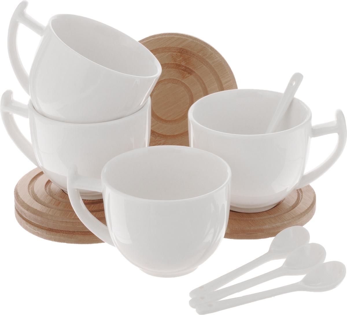 Набор чайный EcoWoo, 12 предметовVT-1520(SR)Набор чайный EcoWoo - это не только идеальный подарок, но и прекрасный повод побаловать себя! Набор состоит из 4 фарфоровых чашек, 4 бамбуковых подставок и 4 ложек.Такой набор станет идеальным решением для ценителей экологичных деталей в интерьере и поклонников здорового образа жизни.Не использовать в посудомоечной машине.Объем кружки: 300 мл.Диаметр кружки (по верхнему краю): 8 см.Высота кружки: 6,5 см.Диаметр подставки: 10 см.Длина ложки: 10,5 см.