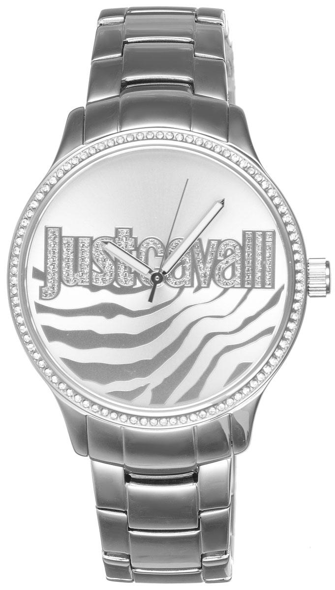 Часы наручные женские Just Cavalli, цвет: серебристый. R7253127509BM8434-58AEНаручные женские часы Just Cavalli произведены из материалов самого высокого качества на базе новейших технологий.Они оснащены точным кварцевым механизмом. Корпус часов изготовлен из нержавеющей стали, циферблат инкрустирован стразами Swarovski и защищен минеральным стеклом. Ремешок выполнен из нержавеющей стали и оснащен удобной раскладывающейся застежкой, которая позволит моментально снимать и одевать часы без лишних усилий Циферблат круглой формы оснащен тремя стрелками - часовой, минутной и секундной, оформлен названием бренда и звериным мотивом. Часы являются водостойкими - 3АТМ.Изделие укомплектовано в стильную фирменную коробку с названием бренда.Наручные часы Just Cavalli созданы для современных девушек, которые не желают потерять свою индивидуальность в городской суете.