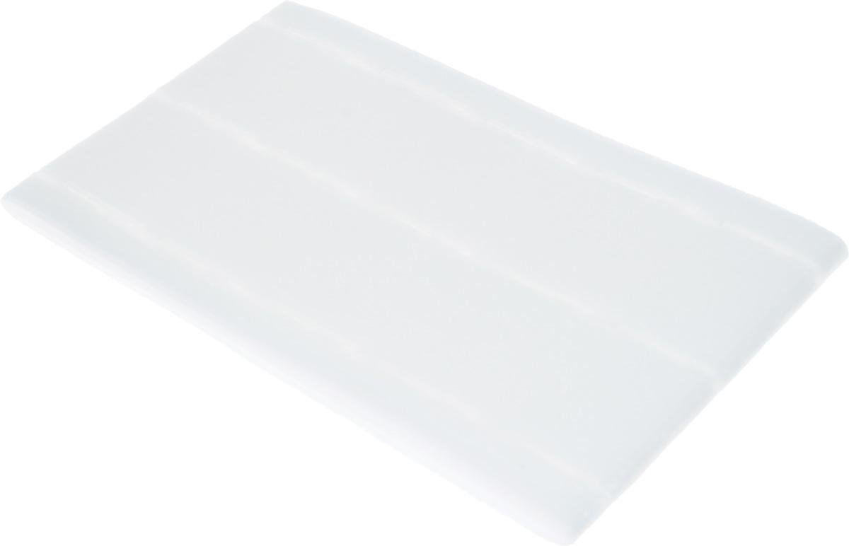 Корсажная перфолента Hemline, ширина 35 мм, длина 3 м1257341Корсажная перфолента Hemline, изготовленная из нетканого материала (100% полиэфир) с клеевым слоем, предназначена для придания поясу формы и жесткости. Перфорация определяет направление строчки, что позволяет получить равномерную ширину полосы по всей длине и дает возможность избежать чрезмерного утолщения кромок. Такая лента позволит профессионально отделать вещи, сшитые своими руками. Лента прикрепляется с помощью утюга. Ширина ленты (с припусками): 10-35-35-10 мм.
