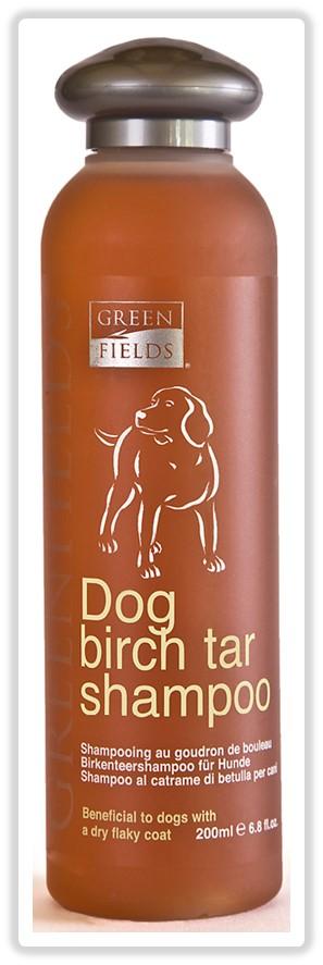 Шампунь для собак Greenfields, с березовой смолой, 200 мл4605543004629Шампунь - концентрат. Расход шампуня в 10 раз меньше обычных шампуней! Шампунь «Greenfields для собак с берёзовойсмолой»– для ухода за собаками с заболеваниями кожного покрова на основе очищенного берёзового дёгтя.Безсульфатный , гипоаллергенный со сбалансированным РН не допускающий пересушивания кожно-волосяного покрова. Обладает свойствами регенерации, увлажнения, снятия раздражения кожного покрова собаки при себорее и экземе. Подходит для всех пород. ПровитаминВ5, входящий в состав шампуня,обладает превосходными восстанавливающими свойствами, Гидролизованный протеин шёлка питает и увлажняет волосяной покров, препятствует дальнейшей потери влаги, образуя лёгкую защитную обволакивающую плёнку. Одну изважных ролей играет секрет копчиковой железы лебедя – уникальный по своим действиям компонент, подаренный самой природой. Он обеспечиваетмягкое расчёсывание, сохранение эластичности волоса, дополнительнуюзащиту кожно-волосяного покрова. Обеспечивает дополнительную защиту от окружающей среды (намокания во время дождя, песка и грязи). Компоненты раковины моллюсков насыщают важнейшими микроэлементами: железо, кальций, фосфор, витамины А, В, С, Е.Способ применения: А. Сильное загрязнение! Смочить шерсть животного тёплой водой, промыть от грязи и жировой плёнки любым базовым шампунем, тщательно смыть его. Далее развести шампунь Greenfields Шампунь для собак с березовой смолой»в пропорции 1 часть шампуня к 10 частям воды, нанести нужное количество шампуня губкой или рукой на шерсть животного, втереть массирующими движениями, оставить на 5-10 минут, затем тщательно смыть тёплой водой. Б. Профилактический уход! В течении нескольких минут промыть шерсть животного тёплой водой. Далее развести шампунь«Greenfields Шампунь для собак с березовой смолой» в пропорции 1 часть шампуня к 10 частям воды, либо 1 к 5 частям воды, в зависимости от загрязнения кожно-волосяного покрова. Нанести нужное количество шампуня губк
