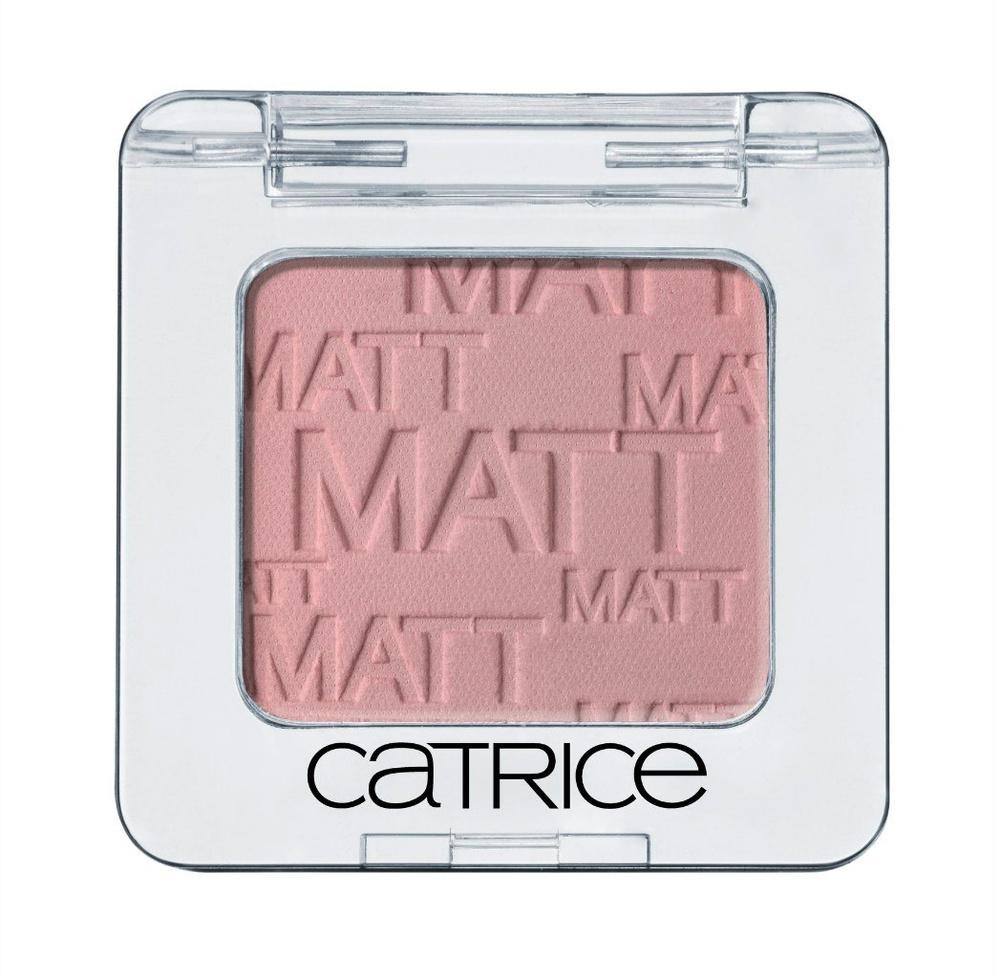 Catrice Тени для век Absolute Eye Colour 970 Peachahontas розовый матовый, 23 гр5010777139655Тени для век CATRICE Absolute Eye Colour Mono Eyeshadow Все, кроме монотонности. Широкая цветовая гамма, стойкость, легкость в нанесении и разнообразие эффектов. Вдохновившись цветовой палитрой модных показов, CATRICE представляет два новых оттенка теней Mono Eyeshadows – матовые тени в розовом тоне, а также медно-голубые с легким мерцанием. Матовый, шиммерный или перламутровый финиши – выберите свой из 18 доступных оттенков.