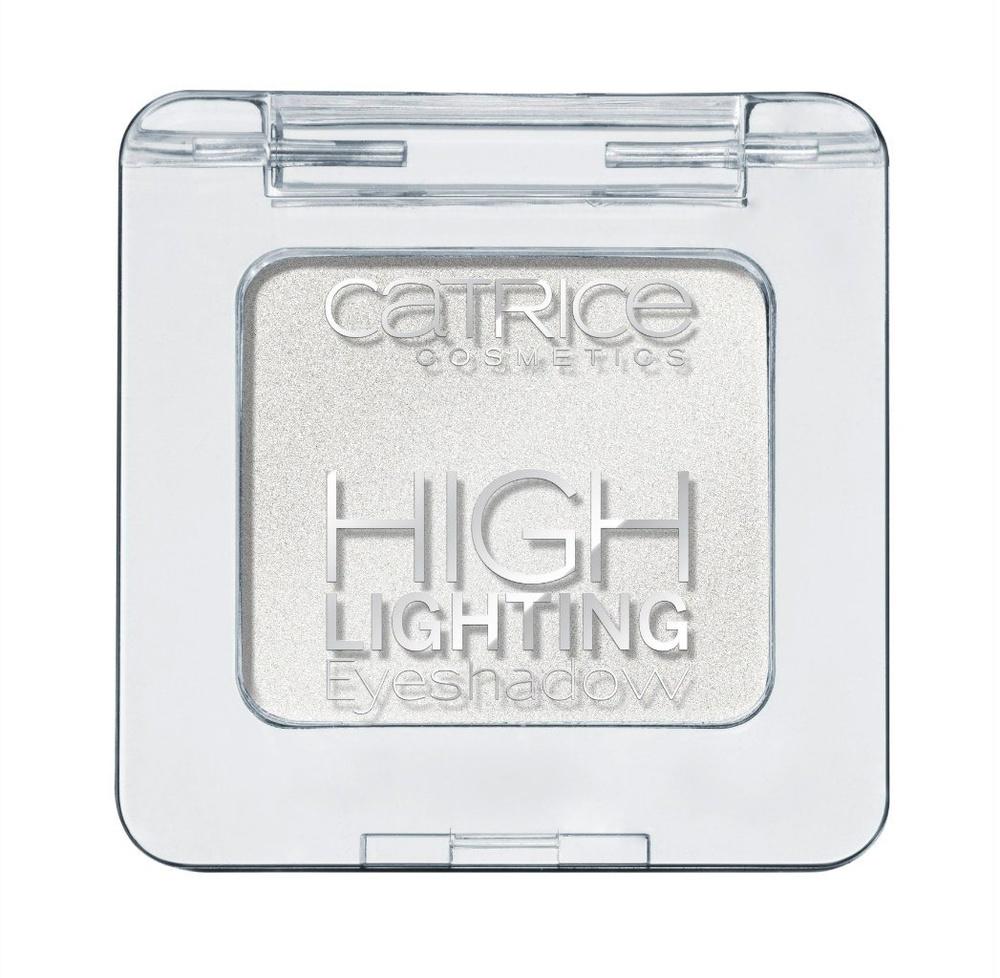 Catrice Тени для век Highlighting Eyeshadow 010 Turn The High Lights On! Белый, 19 гр28032022Новые тени от CATRICE помогут с легкостью расставить изящные акценты в вашем макияже благодаря нежной кремовой текстуре и светоотражающим частицам, входящим в состав. Кремовая текстура теней легка в нанесении и представлена в трех оттенках – сияющий белый (shimmering white), жемчужный золотой (pearly gold) и пастельный розовый (pastel rose).