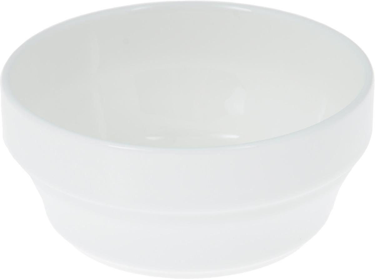 Салатник Wilmax, 170 млVT-1520(SR)Салатник Wilmax, изготовленный из высококачественного фарфора с глазурованным покрытием, прекрасно подойдет для подачи различных блюд: закусок, салатов или фруктов. Такой салатник украсит ваш праздничный или обеденный стол, а оригинальный дизайн придется по вкусу и ценителям классики, и тем, кто предпочитает утонченность и изысканность. Диаметр салатника (по верхнему краю): 9 см.