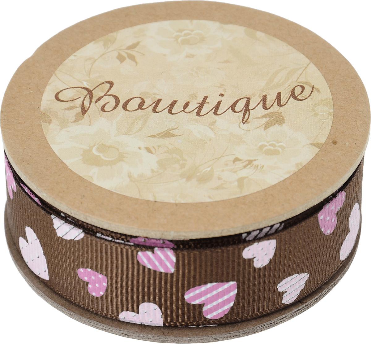 Лента репсовая Hemline Сердечки, цвет: шоколадный, розовый, 2 х 500 см09840-20.000.00Лента на картонной катушке Hemline Сердечки выполнена из полиэстера, она жесткая и хорошо держит форму. Такая лента идеально подойдет для оформления различных творческих работ, может использоваться для скрапбукинга, создания аппликаций, декора коробок и открыток, часто ее применяют при пошиве одежды, сумок, аксессуаров. Лента наивысшего качества практична в использовании. Она станет незаменимым элементом в создании вашего рукотворного шедевра.