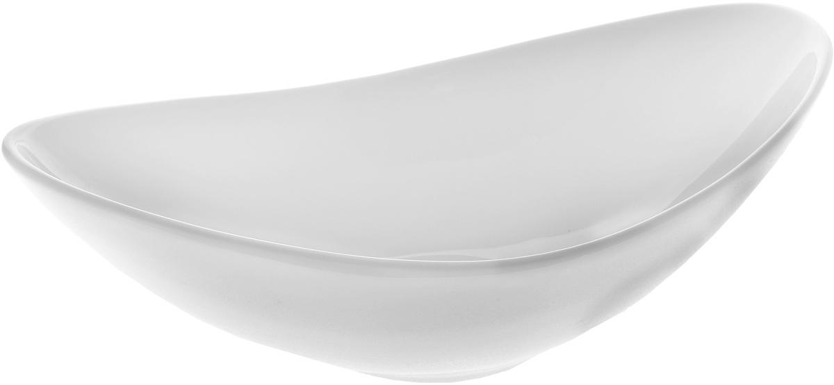 Салатник Wilmax, 360 мл115510Салатник Wilmax, изготовленный из высококачественного фарфора с глазурованным покрытием, прекрасно подойдет для подачи различных блюд: закусок, салатов, фруктов и многого другого. Такой салатник украсит ваш праздничный или обеденный стол, а нежное исполнение понравится любой хозяйке. Можно мыть в посудомоечной машине и использовать в микроволновой печи. Размер салатника (по верхнему краю): 20,5 х 12,5 см. Диаметр дна: 5,5 см.