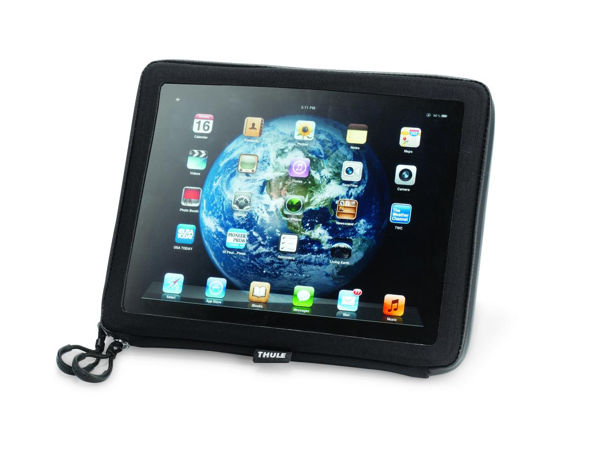 Сумка-рамка Thule Pack n Pedal iPad/Map Sleeve, для планшетных компьютеров, цвет: черный, 26 x 2 x 21 см100014Сумка-рамка Thule Pack'n Pedal для планшетных компьютеров - замечательный вариант для поездок на велосипеде или для установки на тренажер. Идеально подходит для стандартного Apple iPad или любого планшета с диагональю экрана 10.Удобная в использовании благодаря прозрачной крышке.Защита от воды.Легкая установка/снятие с размещаемой на руле системы Thule Pack 'n Pedal Handlebar Attachment.Идеально подходит для обычных бумажных карт.