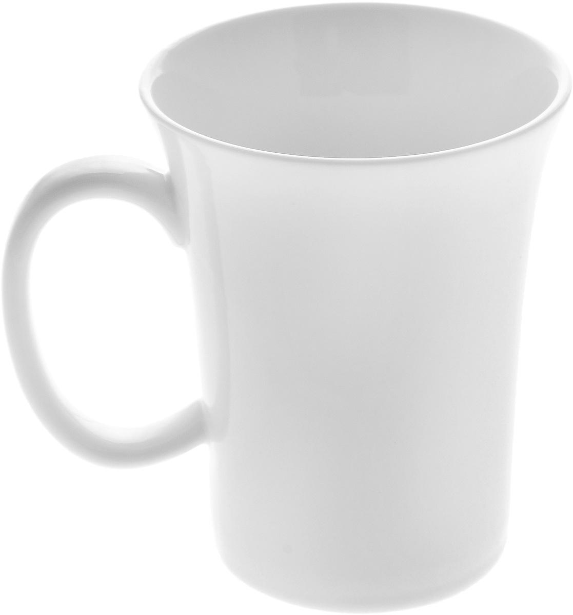 Кружка Wilmax, 350 млVT-1520(SR)Кружка Wilmax изготовлена из высококачественного фарфора и сочетает в себе оригинальный дизайн и функциональность. Такая кружка идеально впишется в интерьер современной кухни, а также станет хорошим и практичным подарком на любой праздник. Диаметр кружки(по верхнему краю): 9 см.