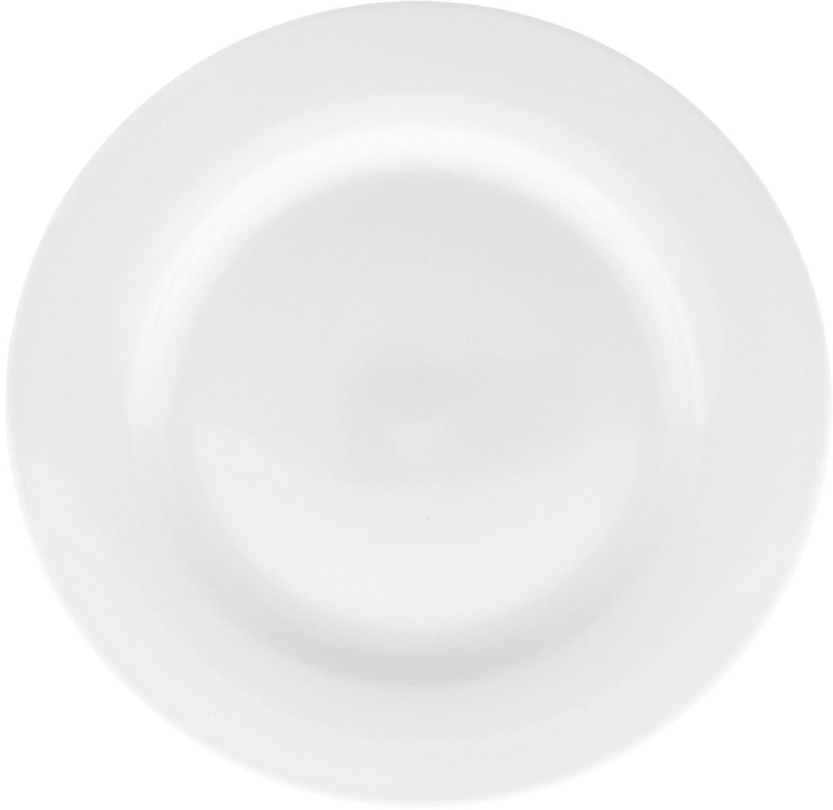 Тарелка Wilmax, диаметр 20 см54 009312Тарелка Wilmax, изготовленная из высококачественного фарфора, имеет классическую круглую форму. Оригинальный дизайн придется по вкусу и ценителям классики, и тем, кто предпочитает утонченность и изысканность. Тарелка Wilmax идеально подойдет для сервировки стола и станет отличным подарком к любому празднику.