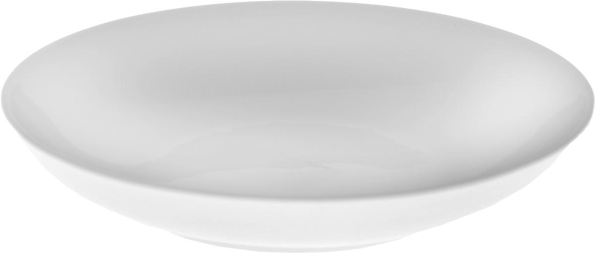 Тарелка глубокая Wilmax, диаметр 23 см. WL-991117 / A54 009312Глубокая тарелка Wilmax, выполненная из высококачественного фарфора, предназначена для подачи супов и других жидких блюд. Она прекрасно впишется в интерьер вашей кухни и станет достойным дополнением к кухонному инвентарю. Тарелка Wilmax подчеркнет прекрасный вкус хозяйки и станет отличным подарком.