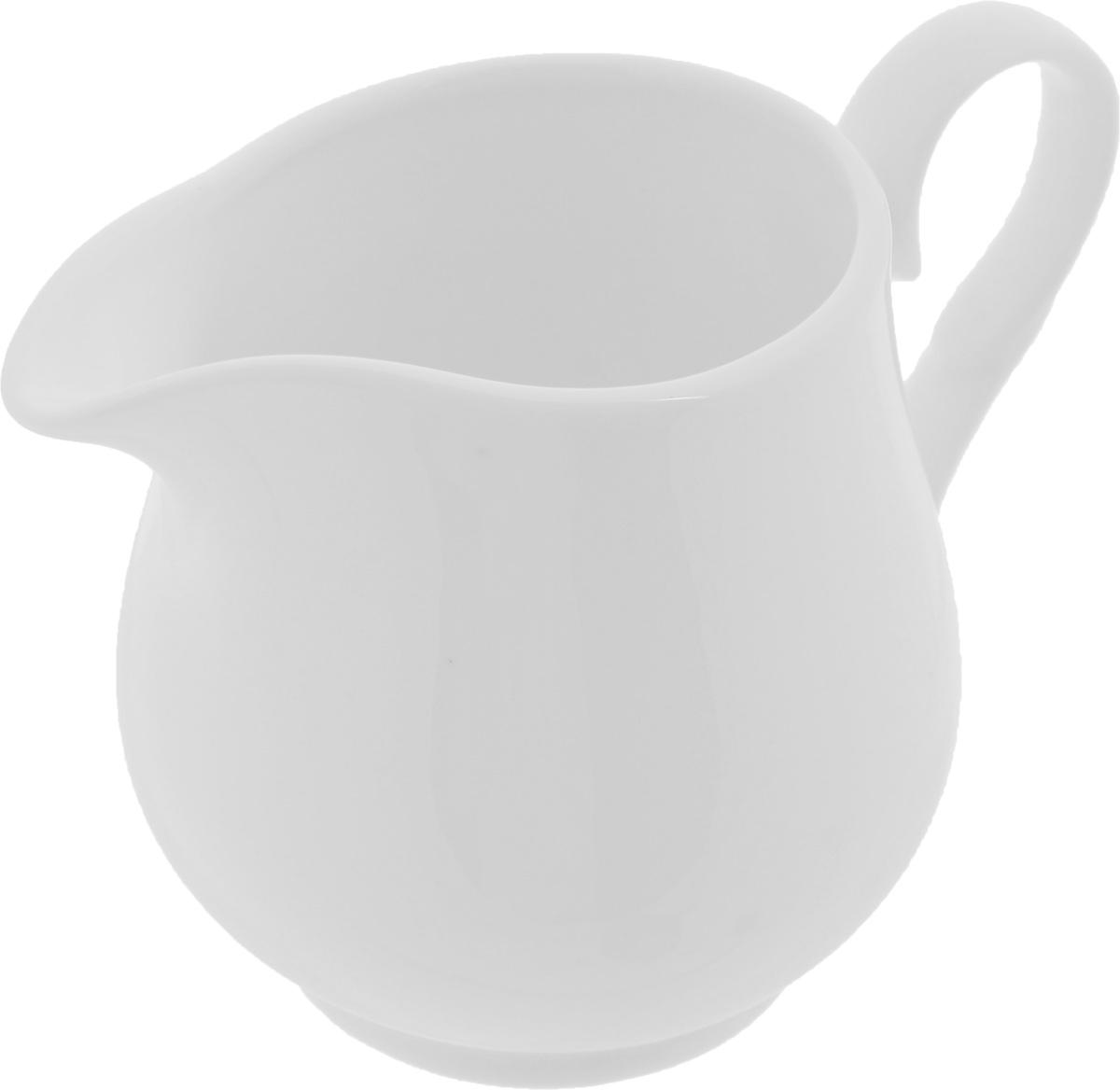Молочник Wilmax, 300 мл115510Элегантный молочник Wilmax, выполненный из высококачественного фарфора с глазурованным покрытием, предназначен для подачи сливок, соуса и молока. Изящный, но в тоже время простой дизайн молочника, станет прекрасным украшением стола. Диаметр молочника по верхнему краю: 6,2 см.Диаметр основания: 5,5 см. Высота молочника: 9 см.