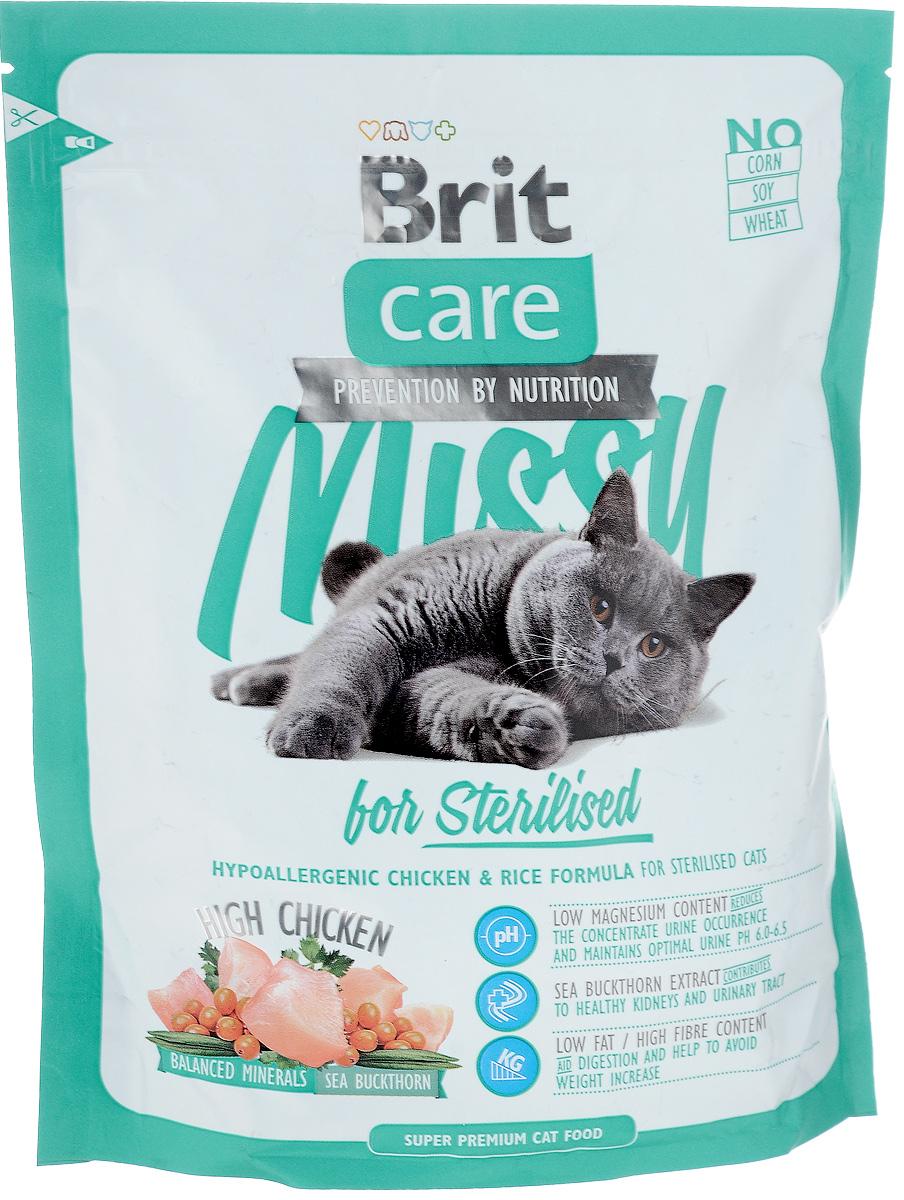 Корм сухой Brit Care Missy для кастрированных котов и стерилизованных кошек, с курицей и рисом, 400 г0120710Полнорационный сухой корм Brit Care Missy предназначен для кастрированных котов и стерилизованных кошек с курицей и рисом. Низкое содержание магния поддерживает оптимальный pH мочи. Мало жира и много клетчатки помогает избежать излишнего веса, свойственного кастрированным и стерилизованным кошкам.Преимущества: - Высокое содержание мяса (20% дегидрированной курицы, 14% куриного филе, 14% дегидрированной индейки).- Сбалансированный минеральный состав. - Облепиха крушиновидная, обладающая противовоспалительным и антибактериальным действием. А также обеспечивает защиту мочевыводящей системы. - Гипоаллергенный состав. - Витамин С и гексаметафосфат натрия. Товар сертифицирован.