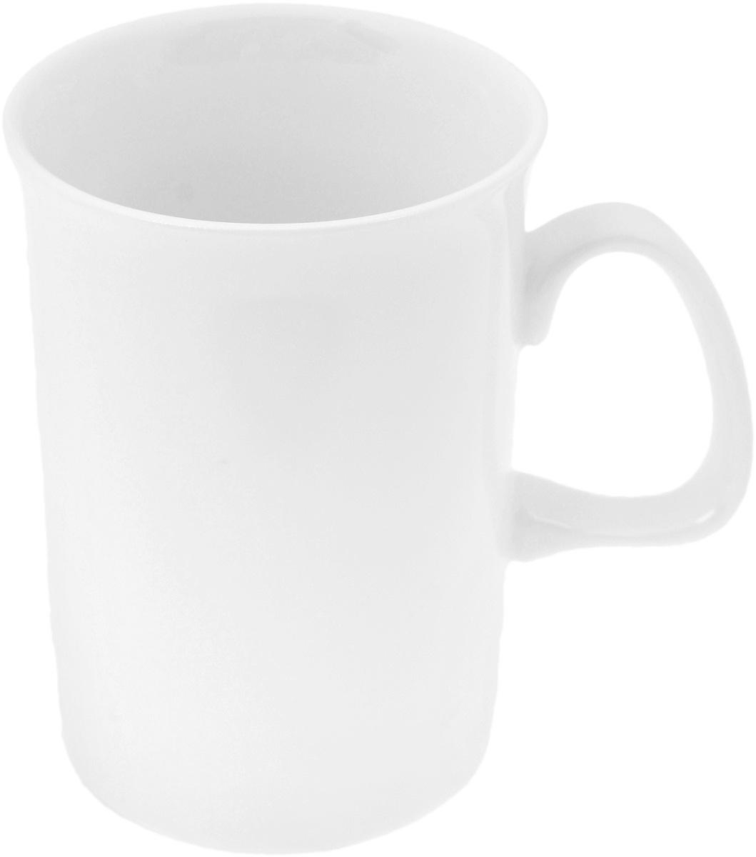 Кружка Wilmax, 310 мл55411BКружка Wilmax изготовлена из высококачественного фарфора и сочетает в себе оригинальный дизайн и функциональность. Такая кружка идеально впишется в интерьер современной кухни, а также станет хорошим и практичным подарком на любой праздник. Диаметр кружки(по верхнему краю): 7,7 см.