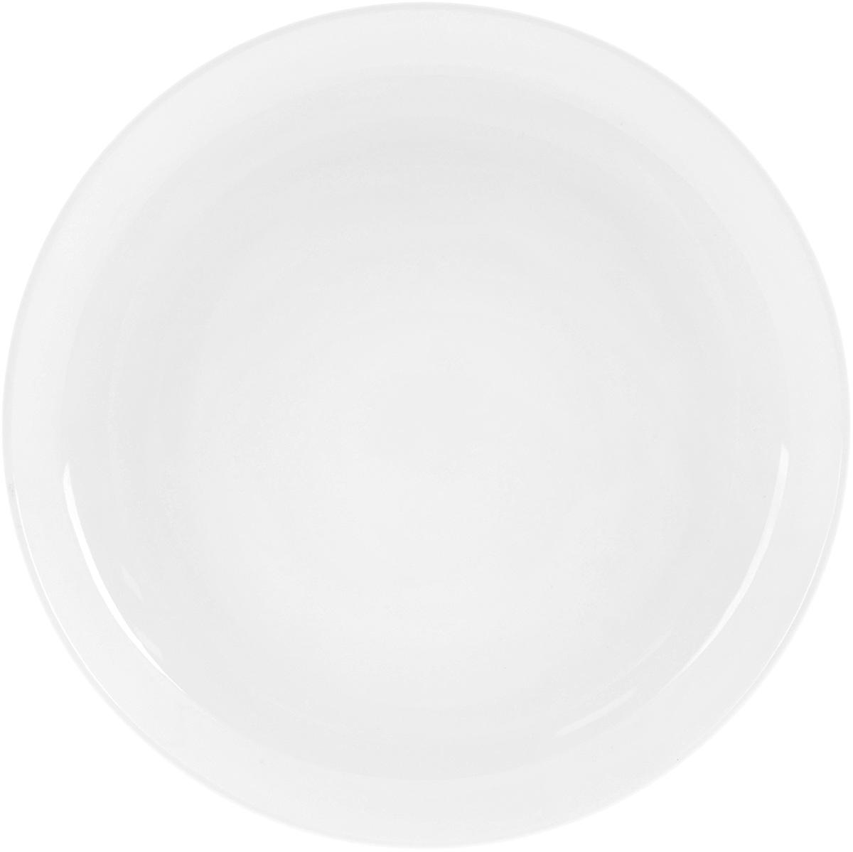 Тарелка Wilmax, диаметр 15 см54 009312Тарелка Wilmax выполнена из высококачественного фарфора с глазурованным покрытием. Благодаря уникальной технологии, изделие устойчиво к сколам и обладает исключительной белизной. Такая посуда идеально подойдет для сервировки стола и станет отличным подарком к любому празднику.