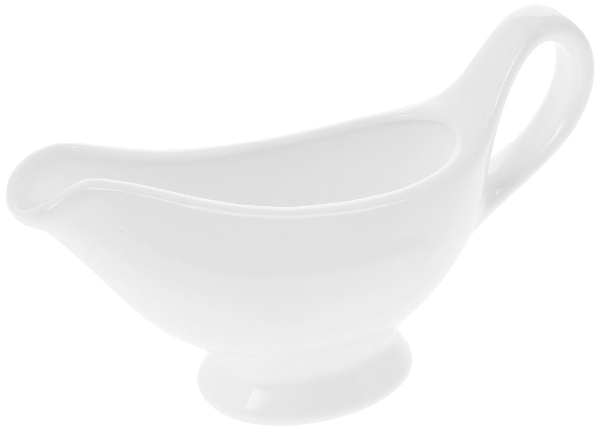 Соусник Wilmax, 170 мл54 009312Элегантный соусник Wilmax, изготовленный из высококачественного фарфора, снабжен удобным носиком и ручкой. Изделие предназначено для сервировки соусов.Приятный глазу дизайн и отменное качество соусника будут долго радовать вас.Соусник Wilmax украсит сервировку вашего стола и подчеркнет прекрасный вкус хозяина.Размер соусника: 17 х 8,5 х 5 см.