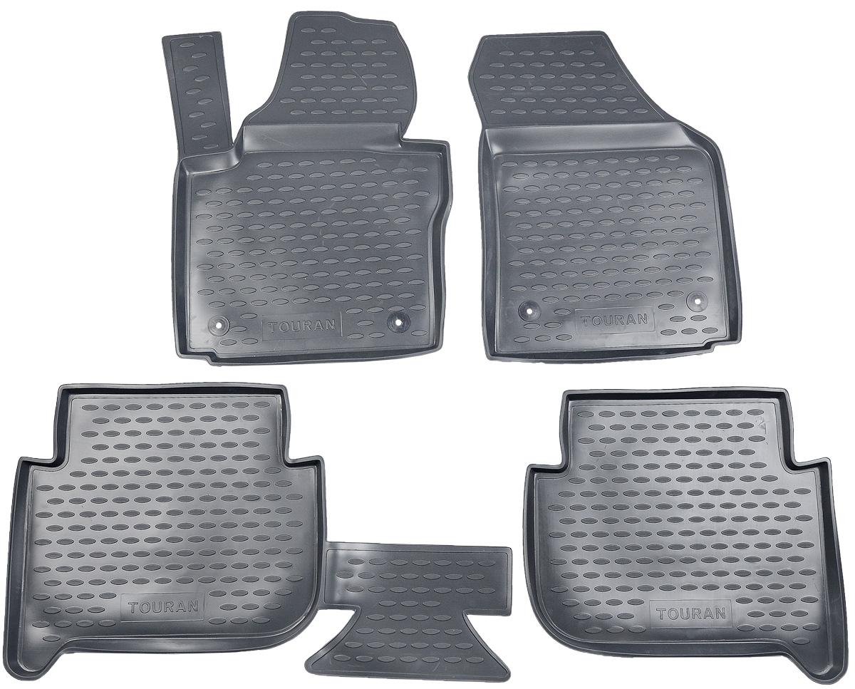 Набор автомобильных ковриков Novline-Autofamily для Volkswagen Touran 11/2006->, 5 мест, в салон, цвет: темно-серый, 4 шт21395598Набор автомобильных ковриков Novline-Autofamily, изготовленный из полиуретана, состоит из 4 ковриков, которые учитывают все особенности каждой модели автомобиля и полностью повторяют контуры пола. Полиуретановые автомобильные коврики для салона произведены из высококачественного материала, который держит форму, прочный и не пачкает обувь. Коврики в салон не только улучшат внешний вид салона вашего автомобиля, но и надежно уберегут его от пыли, грязи и сырости, а значит, защитят кузов от коррозии. Полиуретановые коврики для автомобиля гладкие, приятные и не пропускают влагу. Ковры для автомобилей надежно крепятся на полу и не скользят, что очень важно во время движения. Чистятся коврики очень просто: как при помощи автомобильного пылесоса, так и различными моющими средствами. Набор подходит для Volkswagen Touran 5 мест с ноября 2006 года выпуска.