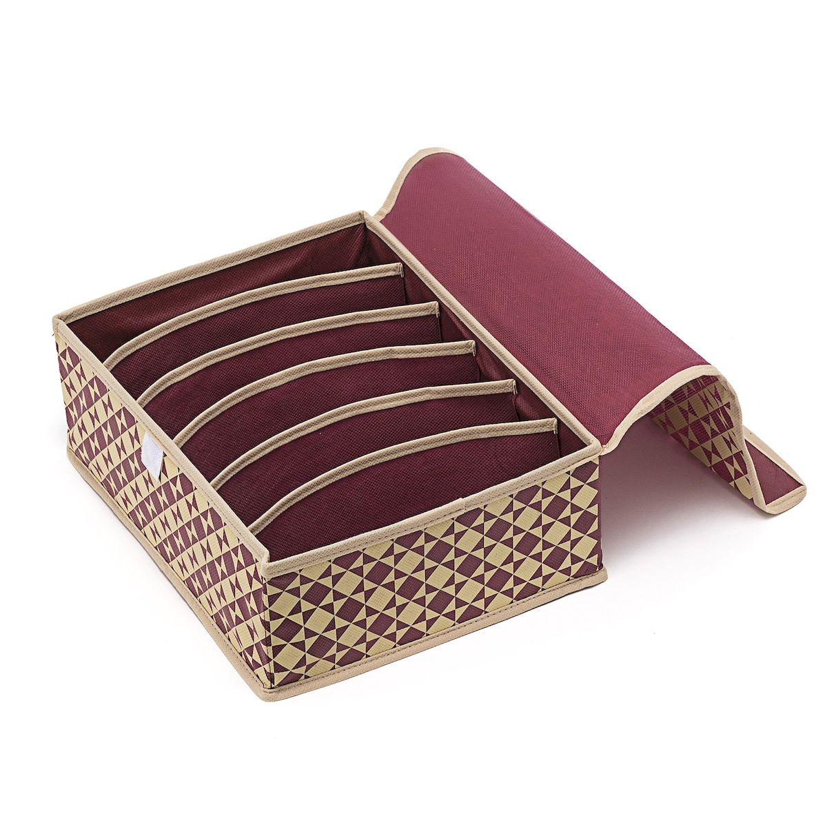 Органайзер для хранения Homsu Bordo, 6 секций, 31 х 24 х 11 смTD 0033Компактный складной органайзер Homsu Bordo изготовлен из высококачественного полиэстера, который обеспечивает естественную вентиляцию. Материал позволяет воздуху свободно проникать внутрь, но не пропускает пыль. Органайзер отлично держит форму, благодаря вставкам из плотного картона. Изделие имеет 6 секций для хранения нижнего белья, колготок, носков и другой одежды. Изделие закрывается крышкой на липучке. Такой органайзер позволит вам хранить вещи компактно и удобно.