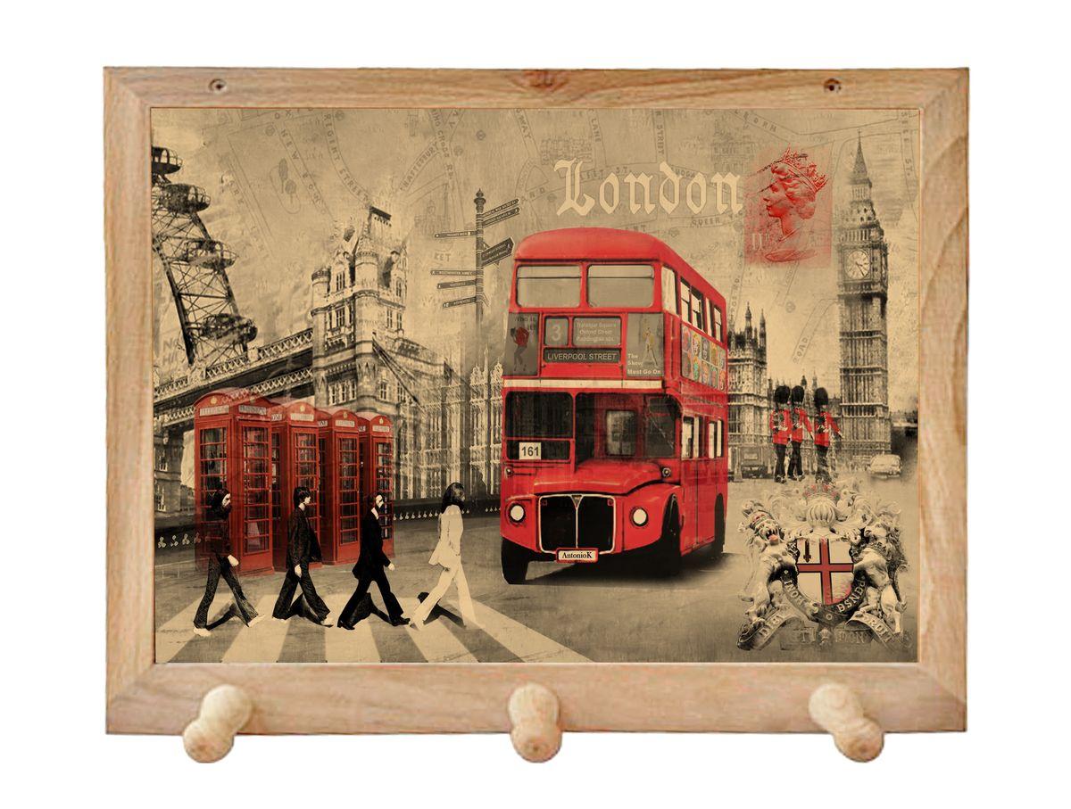 Вешалка GiftnHome Лондон, с 3 крючками, 38 х 34 см74-0120Вешалка GiftnHome Лондон в стиле Art-Casual изготовлена из натурального дерева в комбинации с модными цветными принтами на корпусе от Креативной студии AntonioK. Вешалка снабжена 3 крючками для подвешивания аксессуаров, полотенец, прихваток и другого текстиля. Это изделие больше, чем просто вешалка, оно несет интерьерное решение, задает настроение и стиль на вашей кухне, столовой или дачнойверанде. Art-Casual значит буквально повседневное искусство. Это новый стиль предложения обычных домашних аксессуаров в качестве элементов, задающих стиль и шарм окружающего пространства. Уникальное сочетание привычной функциональности и декоративной, интерьерной функции - это актуальная, современная тенденция от прогрессивных производителей товаров для дома.