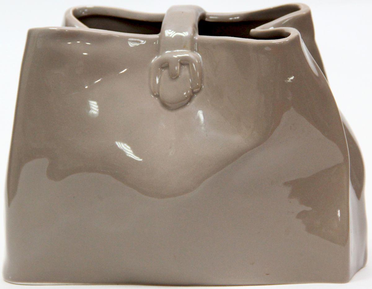 Ваза декоративная Magic Home, цвет: латте, 20,6 х 10,2 х 15 смFS-91909Декоративная ваза Magic Home станет не только отличным подарком, но и практичным украшением интерьера.