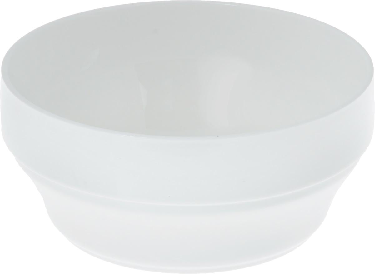Салатник Wilmax, 2 лWL-992558 / AСалатник Wilmax, изготовленный из высококачественного фарфора с глазурованным покрытием, прекрасно подойдет для подачи различных блюд: закусок, салатов или фруктов. Такой салатник украсит ваш праздничный или обеденный стол, а оригинальный дизайн придется по вкусу и ценителям классики, и тем, кто предпочитает утонченность и изысканность.