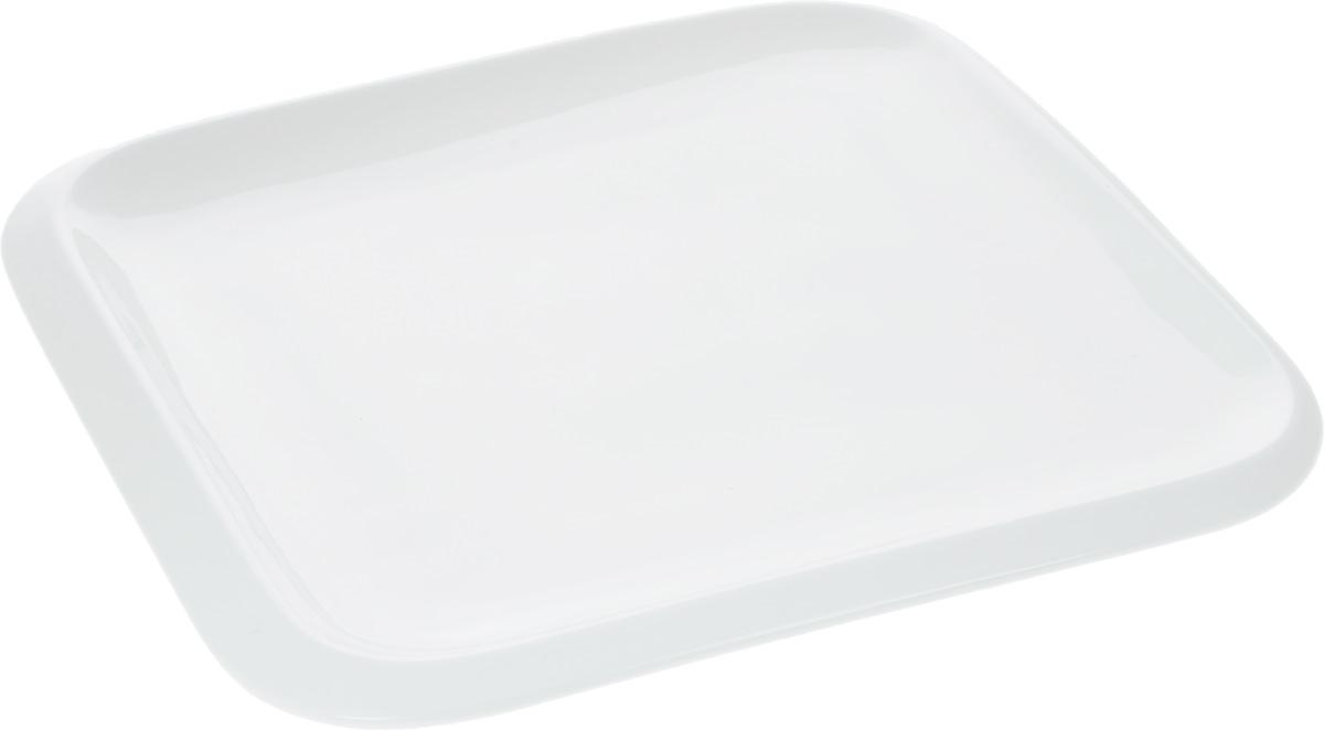 Тарелка Wilmax, 25,5 х 25,5 см54 009312Оригинальная квадратная тарелка Wilmax изготовлена из фарфора с глазурованным покрытием. Фарфор от Wilmax изготовлен по уникальному рецепту из сплава магния и алюминия, благодаря чему посуда обладает характерной белизной, прочностью и устойчивостью к сколами. Особый состав глазури обеспечивает гладкость и блеск поверхности изделия.Изделие сочетает в себе изысканный дизайн с максимальной функциональностью. Тарелка прекрасно впишется в интерьер вашей кухни и станет достойным дополнением к кухонному инвентарю. Можно мыть в посудомоечной машине и использовать в микроволновой печи. Изделие пригодно для использования в духовых печах и выдерживает температуру до 300°С.