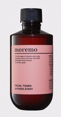 Moremo Тоник для лица, Hydra Start, 200 мл086-9-37241Тоник содержит 80% экстракта цветов эдельвейса, вместо очищенной воды, поэтому он обладает сильным увлажняющим действием. Экстракт цветов черной бузины смягчает и увлажняет огрубевшую кожу. Экстракт цветов ромашки очищает и осветляет кожу лица, придавая ей здоровое сияние. Средство интенсивно увлажняет и смягчает кожу лица, восстанавливая pH баланс после умывания и подготавливая кожу к последующим этапам ухода. Основные компоненты:экстракт цветов эдельвейса 80%, экстракт цветов бузины черной, экстракт цветов ромашки