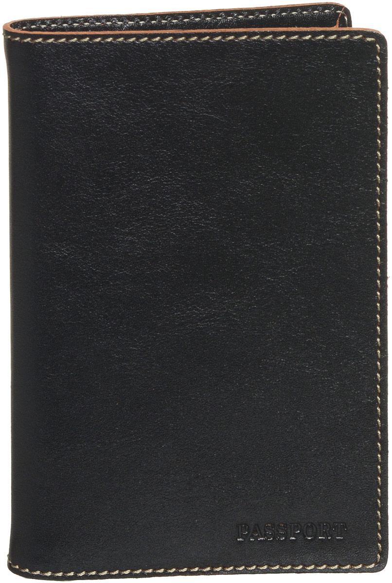Обложка для паспорта мужская Fabula Kansas, цвет: черный. O.8.TXF.черныйW16-11135_914Обложка для паспорта из коллекции «Kansas» выполнена в толстой винтажной коже с контрастной отделочной строчкой. На внутреннем развороте два кармана из прозрачного пластика. Отличительная черта: тиснение «Passport».