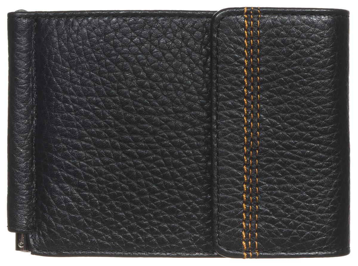 Зажим для денег мужской Fabula Brooklyn, цвет: черный. Z.11.BRW16-11135_914Стильный мужской зажим для денег Fabula Brooklyn выполнен из натуральной кожи с фактурным тиснением и оформлен прострочкой. Он снабжен фиксирующейся металлической скобой для денег. Внутри также содержится шесть кармашков для пластиковых карт и один потайной карман. Снаружи на задней стенке имеется прорезной карман на застежке-молнии для мелочи. Модель закрывается клапаном на застежку-кнопку.Изделие упаковано в фирменную коробку.Такой зажим станет отличным подарком для человека, ценящего качественные и практичные вещи.