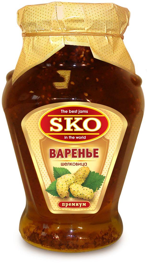 SKO варенье из шелковицы, 400 г11014Варенье из шелковицы SKO приготовлено по-домашнему рецепту и современным технологиям. Может использоваться для приготовления пирогов, тортов и других разнообразных десертов, а также в качестве самостоятельного лакомства. Однажды попробовав, невозможно забыть сладкий, необычный и притягательный вкус шелковичного варенья. Варенье из белой шелковицы используют как начинку для массы вкусных блюд. Оно также является профилактическим средством при различных сердечно-сосудистых и желудочно-кишечных заболеваниях и гипохромной анемии. Белая шелковица содержит большое количество ресвератрола - сильного растительного антиоксиданта.
