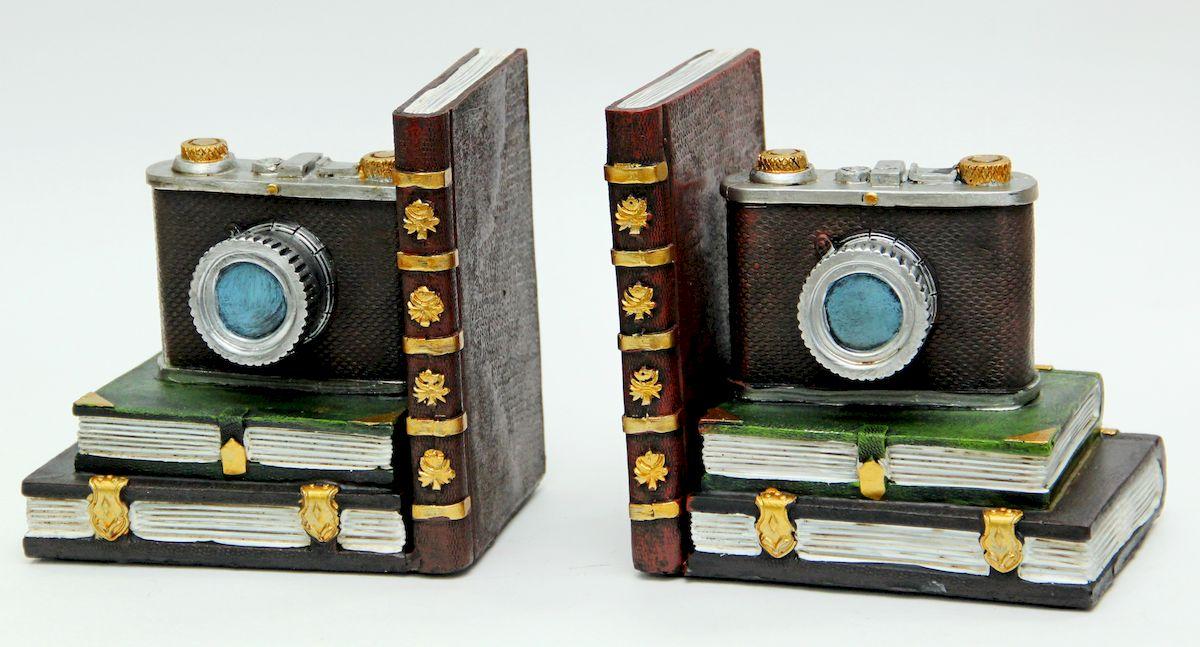 Подставка-ограничитель для книг Magic Home Фотоаппараты. 4107225051 7_желтыйОригинально выполненные подставки из прочного полирезина поддержат ваши книги, и они всегда будут стоять аккуратно. Благодаря эксклюзивному дизайну, подставки оформят вашу книжную полку, а также станут практичным сувениром для друзей и коллег.