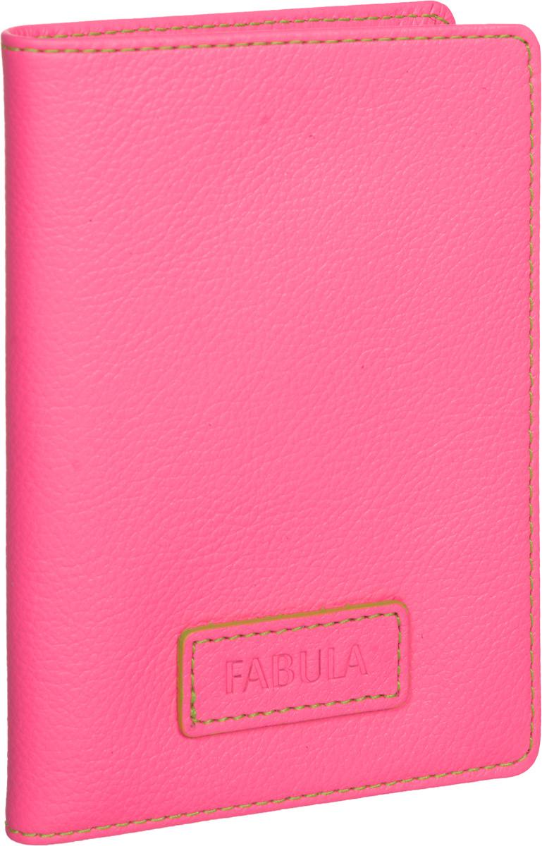 Бумажник водителя женский Fabula Ultra, цвет: розовый. BV.75.FP490300нБумажник водителя Fabula Ultra выполнен из натуральной кожи с зернистой фактурой и Оформлен нашивкой с тиснением в виде символики бренда.Изделие раскладывается пополам. Отделение для автодокументов включает в себя вкладыш из прозрачного ПВХ, который содержит шесть файлов.Изделие поставляется в фирменной упаковке.Стильный бумажник водителя Fabula Ultra станет отличным подарком для человека, ценящего качественные и практичные вещи.