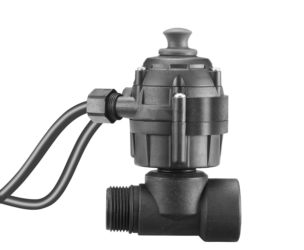 Защита от работы всухую Gardena68/3/8Устройство защиты от работы всухую Gardena автоматически выключает насос при отсутствии перекачиваемой среды, защищая таким образом садовые насосы, погружные насосы или станции бытового водоснабжения от повреждений. Устройство снабжено соединительной резьбой 33,3 мм (G 1).