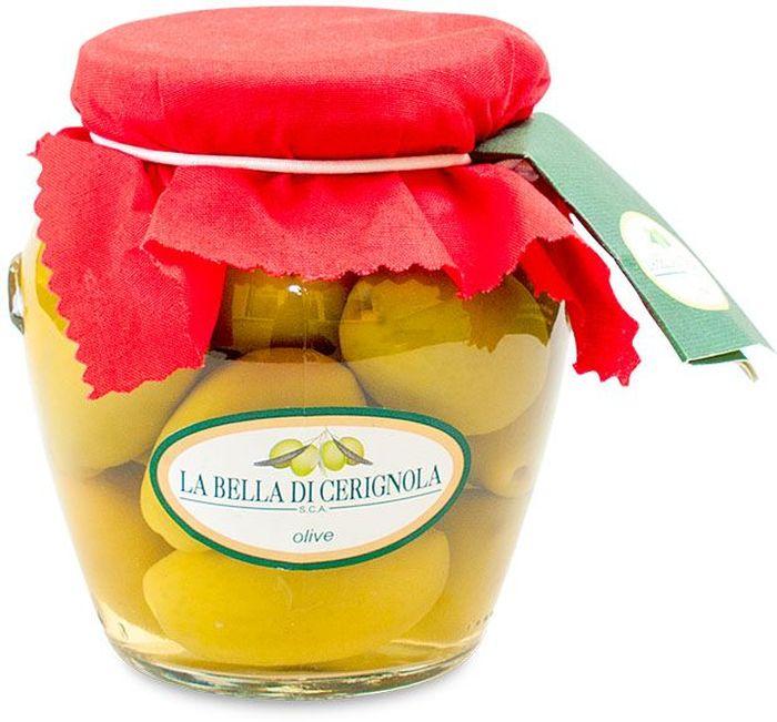 Bella Di Cerignola оливки зеленые, 300 г0120710Итальянские оливки Bella Di Cerignola обладают нежным вкусом и плотной густой мякотью. Их выращивают на юге Италии на полуострове Гаргано, в провинции Апулия. Оливки названы в честь небольшого городка Cerignola.Они собираются вручную, чтобы не повредить плоды, и сразу же поставляют на перерабатывающий завод, что позволяет сохранить их аромат и сочность.Оливки Белла ди Чериньола маринуют в рассоле с небольшим количеством уксуса, что придает им слегка сладковатый привкус. Белла ди Чериньола подают на стол со свежим хлебом и сыром, козьим или овечьим.