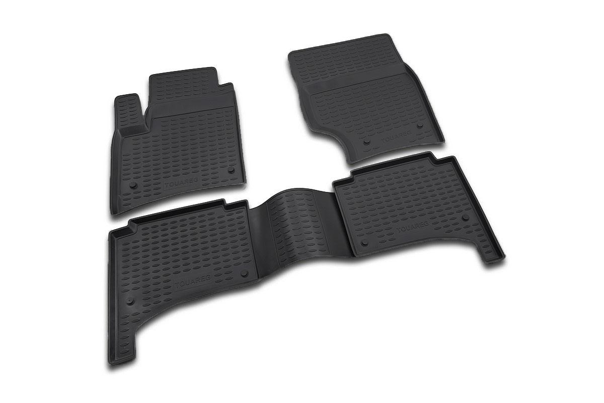 Набор автомобильных ковриков Novline-Autofamily для Volkswagen Touareg 10/2002-2010, в салон, цвет: черный, 4 шт98298130Набор автомобильных ковриков Novline-Autofamily, изготовленный из полиуретана, состоит из 4 ковриков, которые учитывают все особенности каждой модели автомобиля и полностью повторяют контуры пола. Полиуретановые автомобильные коврики для салона произведены из высококачественного материала, который держит форму, прочный и не пачкает обувь. Коврики в салон не только улучшат внешний вид салона вашего автомобиля, но и надежно уберегут его от пыли, грязи и сырости, а значит, защитят кузов от коррозии. Полиуретановые коврики для автомобиля гладкие, приятные и не пропускают влагу. Ковры для автомобилей надежно крепятся на полу и не скользят, что очень важно во время движения. Чистятся коврики очень просто: как при помощи автомобильного пылесоса, так и различными моющими средствами. Набор подходит для Volkswagen Touareg октябрь 2002 - 2010 годов выпуска.