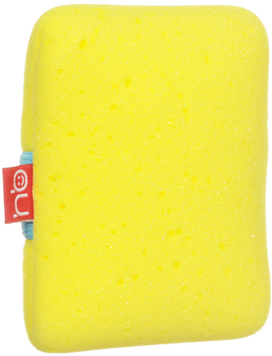 Happy Baby Мочалка Sponge+ с эластичным фиксатором на руку цвет желтый5010777139655Мягкая мочалка Sponge+ разработана специально для нежной кожи малыша. Прекрасно подходит для новорожденных. Благодаря высококачественному мягкому материалу, из которого выполнена мочалка, купание для вашего ребёнка станет ещё приятней.Эластичная резинка позволит плотно зафиксировать мочалку на руке.Для большего удобства имеется маленький кармашек, в который можно при необходимости положить мыло.