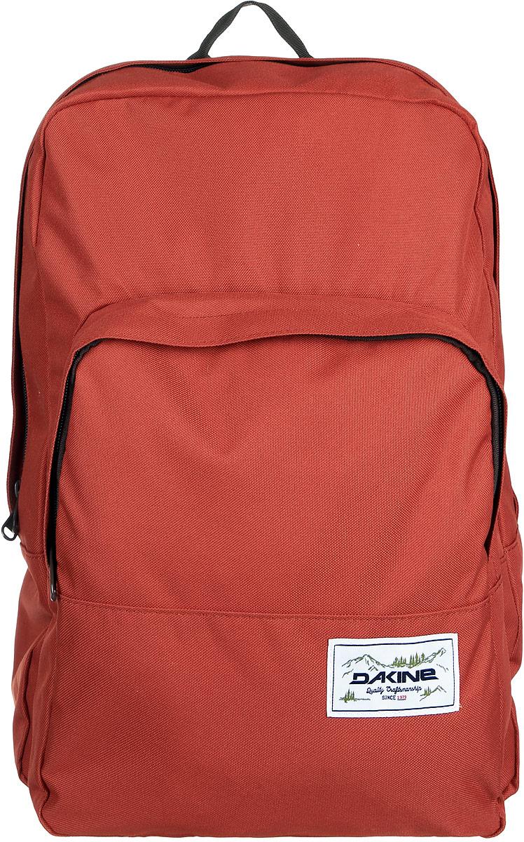 Рюкзак Dakine DK CAPITOL 23L BRICK. 08130059BP-001 BKГородской рюкзак с отделением для ноутбука ( до 15). Один внешний карман.