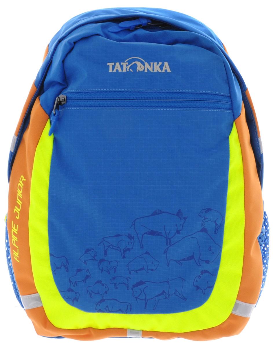 Рюкзак детский Tatonka Alpine Junior, цвет: синий, 11 л1827.194Аккуратный и удобный рюкзак для детей 4-7 лет. Рюкзак универсален, подойдет как для детского сада, так и путешествий. В нем поместится все необходимое: перекус, вода, сменная одежда, салфетки, небольшие игрушки и тд. Спинка с мягкой подкладкой, удобные S-образные лямки, нагрудный ремень: все это способствует идеальной посадке рюкзака. Отражающие элементы повышают безопасность ребенка на улице.