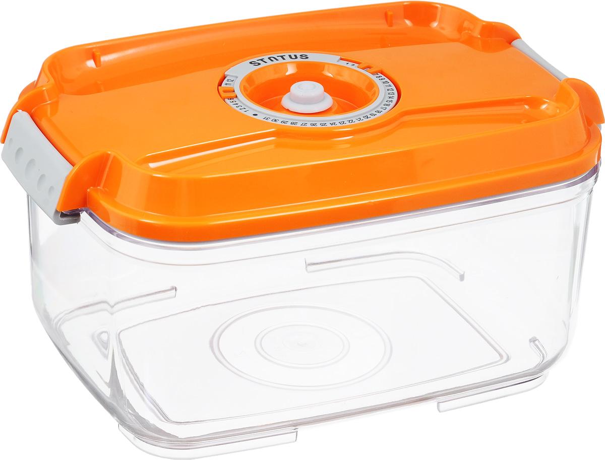 Контейнер вакуумный Status, с индикатором даты срока хранения, цвет: прозрачный, оранжевый, 2 лVT-1520(SR)Вакуумный контейнер Status выполнен из хрустально-прозрачного прочного тритана. Благодаря вакууму, продукты не подвергаются внешнему воздействию, и срок хранения значительно увеличивается, сохраняют свои вкусовые качества и аромат, а запахи в холодильнике не перемешиваются. Допускается замораживание до -21°C, мойка контейнера в посудомоечной машине, разогрев в СВЧ (без крышки). Рекомендовано хранение следующих продуктов: макаронные изделия, крупа, мука, кофе в зёрнах, сухофрукты, супы, соусы. Контейнер имеет индикатор даты, который позволяет отмечать дату конца срока годности продуктов.Размер контейнера (с учетом крышки): 22,5 х 15,5 х 11,5 см.
