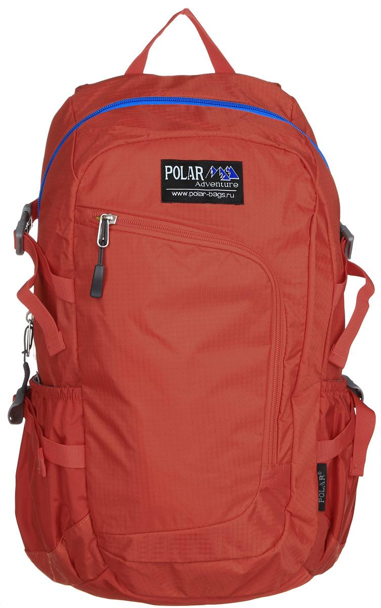 Рюкзак городской Polar, 17 л, цвет: оранжевый. П2171-02П2171-02Городской рюкзак Polar с модным дизайном изготовлен из водоотталкивающей ткани RipStop. Имеет один большой отдел, внутри которого расположен небольшой карман на молнии и большой открытый карман на резинке. Снаружи накладной карман на молнии с расположенным внутри органайзером. По бокам расположены карманы на резинках. Также имеются боковые стяжки для регулирования объема рюкзака. Удобная мягкая спинка, мягкие плечевые лямки создают дополнительный комфорт при ношении. На лямках расположена грудная стяжка, регулируемая по необходимой высоте и длине. Сверху петля для переноски.