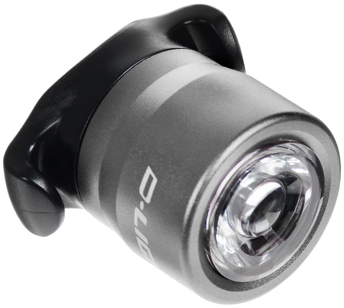 Фонарь велосипедный D-Light CG-212W, габаритный, передний, цвет: серебристый, черныйMW-1462-01-SR серебристыйПередний габаритный велофонарь D-Light CG-212W предназначен для обеспечения большей безопасности при поездках в темное время суток. Он легко крепится и снимается без дополнительных инструментов. Корпус изделия выполнен из прочного алюминия. Фонарь имеет 2 режима: мигание и постоянное свечение. Он водонепроницаем, имеет один SMD белый светодиод.Фонарь питается от 2 батарей типа CR2032 (входят в комплект).Время свечения: 30 ч.Время мигания: 90 ч.Диаметр фонаря: 2,7 см.Высота фонаря: 3,5 см.