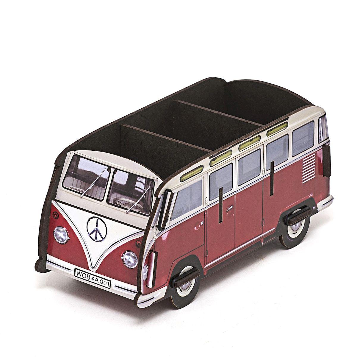 Органайзер настольный Homsu Оld Bus, 22,5 x 9,5 х 10,5 смTD 0033Органайзер настольный Homsu Оld Bus выполнен из МДФ. Настольный органайзер в виде автобуса - это не только способ хранения косметики и других принадлежностей, но и настоящее украшение интерьера. Изделие имеет необычный дизайн и множество отделений сверху для хранения различных предметов.