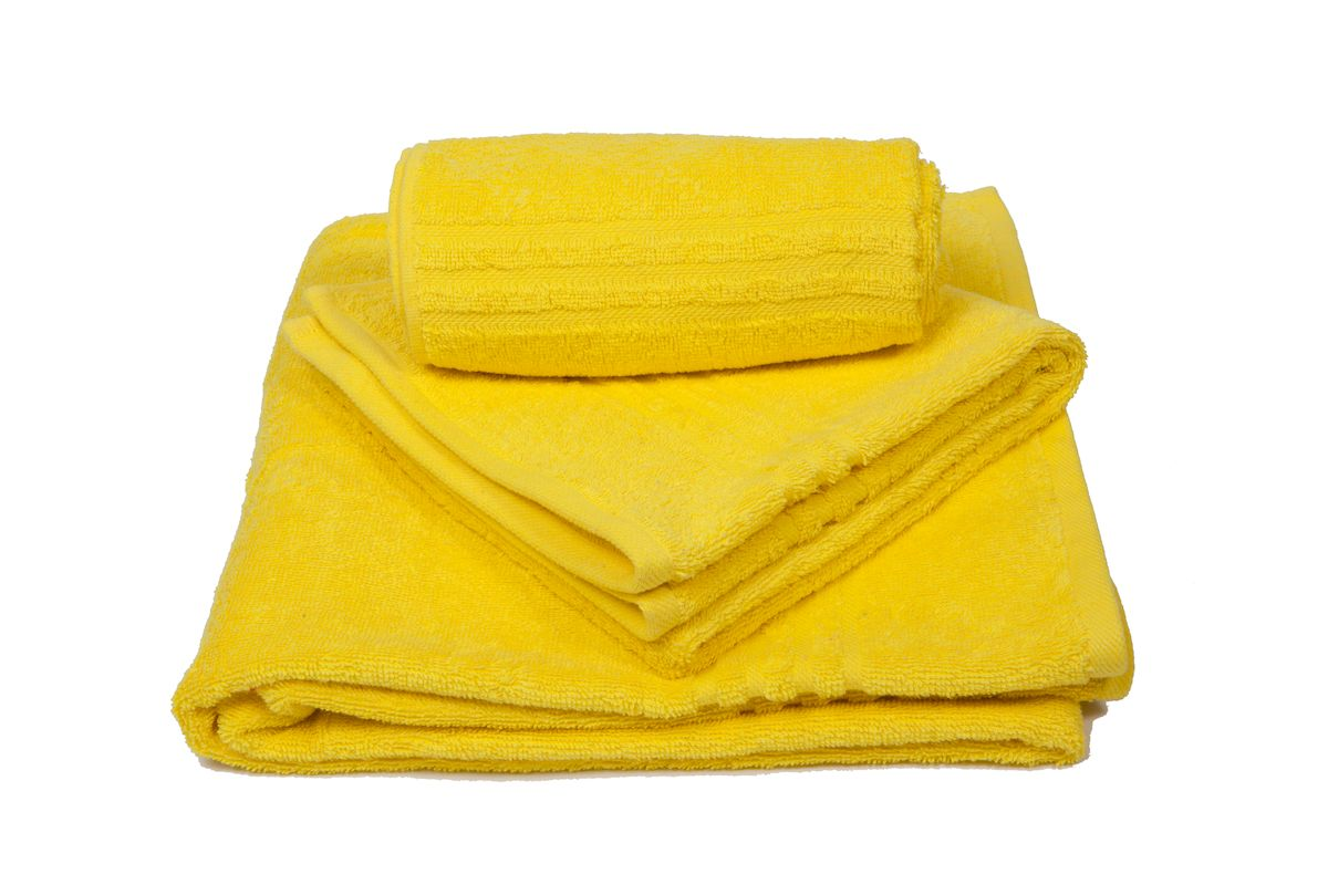 Набор махровых полотенец Arloni Marvel, цвет: желтый, 3 шт97775318Набор Arloni Marvel состоит из трех полотенец разных размеров. Полотенца, выполненные из натурального хлопка, подарят вам мягкость и необыкновенный комфорт в использовании. Ткань не вызывает аллергических реакций, обладает высокой гигроскопичностью и воздухопроницаемостью. Полотенца великолепно впитывают влагу, нежные на ощупь не теряют своих свойств после многократной стирки.