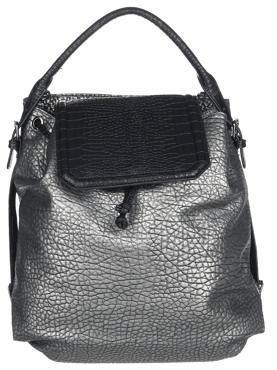 Сумка-рюкзак женская Vitacci, цвет: серебряный, черный. BD01993-47670-00504Стильная женская сумка-рюкзак Vitacci идеально дополнит ваш образ. Она изготовлена из качественной искусственной кожи с тиснением под рептилию и оформлена в оригинальном дизайне. Изделие закрывается клапаном на кнопку с магнитом. На тыльной стороне расположен вшитый карман, который закрывается на магнитную кнопку. Внутри находится одно отделение, которое содержит два открытых накладных кармана для телефона и мелочей и один вшитый карман на молнии. Сумка-рюкзак оснащена съемными лямками, фиксирующимися на замки-карабины. С их помощью сумку можно носить на спине как рюкзак.такая оригинальная и стильная сумка-рюкзак подчеркнет ваш неповторимый образ.