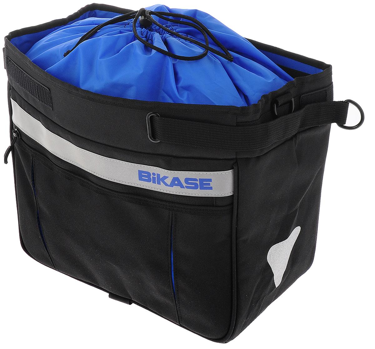 Раздвижная сумка на багажник BiKase Grocery Pannier, цвет: черный, синий, серебристыйAG014Удобная портативная сумка на багажник BiKase Grocery Pannier выполнена из высококачественного нейлона и оснащена твердой пластиковой вставкой. Подходит к большинству типов багажников. Раздвигается до сумки стандартных размеров. Сумка оснащена одним вместительным отделением, сбоку размещен карман для мелких вещей на застежке-молнии. Светоотражающие вставки обеспечивают вашу безопасность на дороге. Выдерживает 11 кг нагрузки. Сумка оснащена кольцами для подвешивания ремня (не входит в комплект).Размер в разложенном виде: 34 х 16 х 26 см.Размер в сложенном виде: 36 х 26 х 6 см.